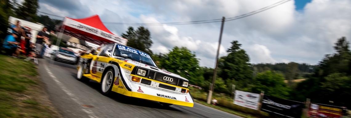 Informace o závodě na Autodromu Sosnová a platbě startovného.